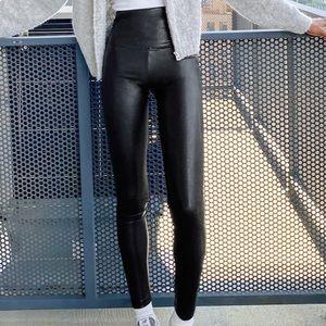 Aritzia vegan leather leggings/ DARIA PANTS
